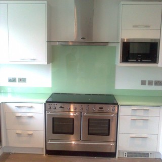 Pale Glass Splashback