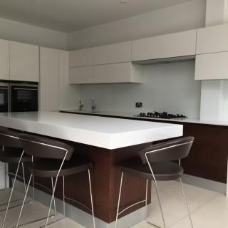 White Glass Kitchen Splashbacks