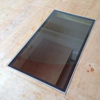 glass floor panel